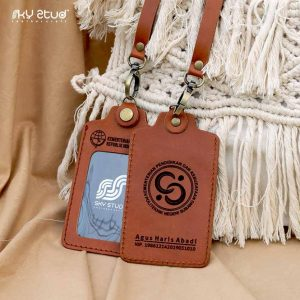 ID Card Click Skystud Leather